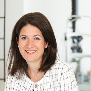 Dr. Nadine Niederhauser